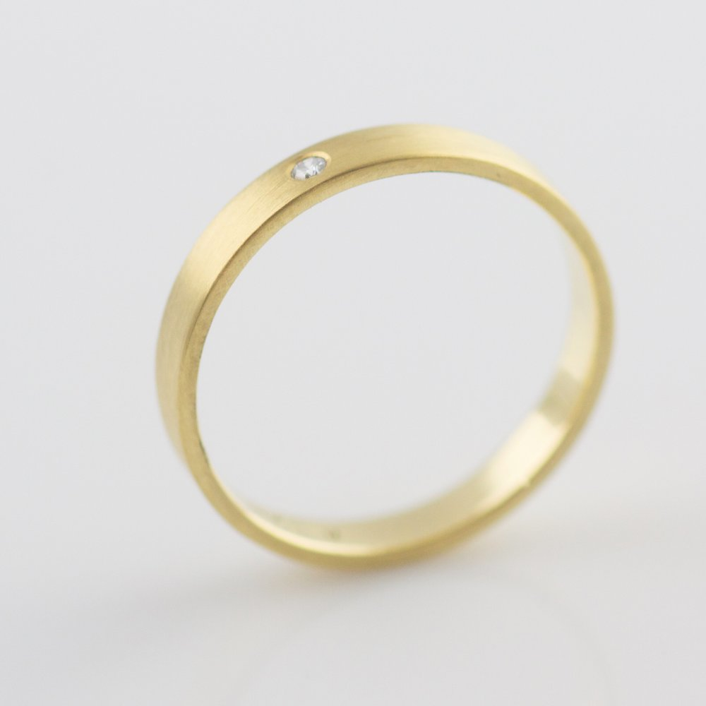 yellow gold band with diamond made in portland