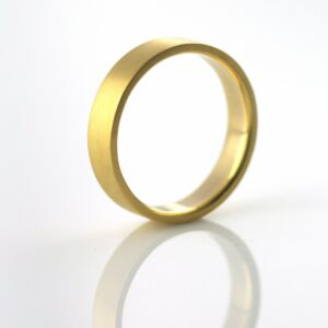 22k_yellow_gold_recycled_ethical_resposible_jewelry_portland__or_vk_designs_val_wedding_ring