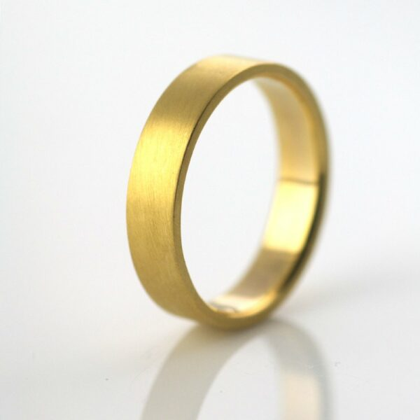 gold wedding ring recycled hand forged