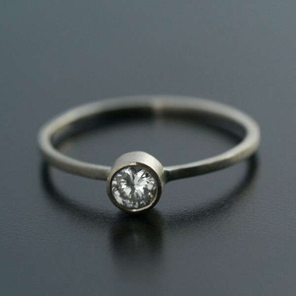 .25ct diamond in white gold engagement ring unique simple
