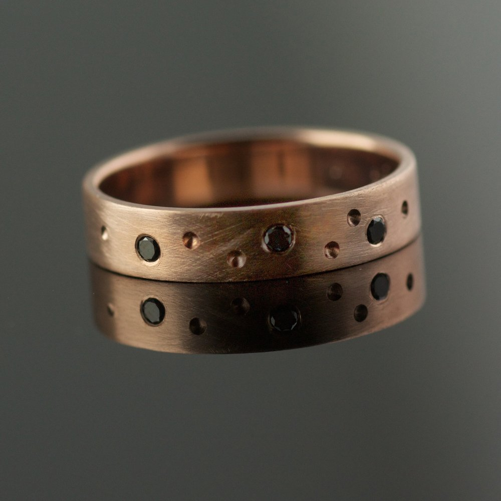 4mm rose gold band black diamonds