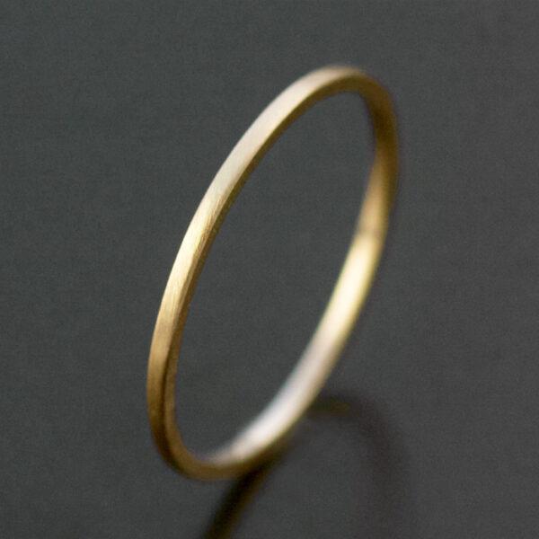 thin yellow gold ring