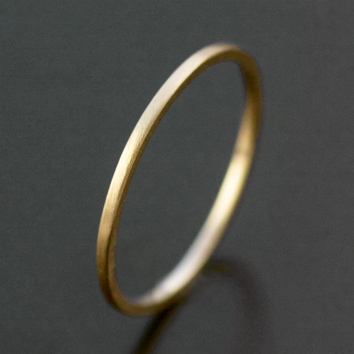 thin yellow gold ring