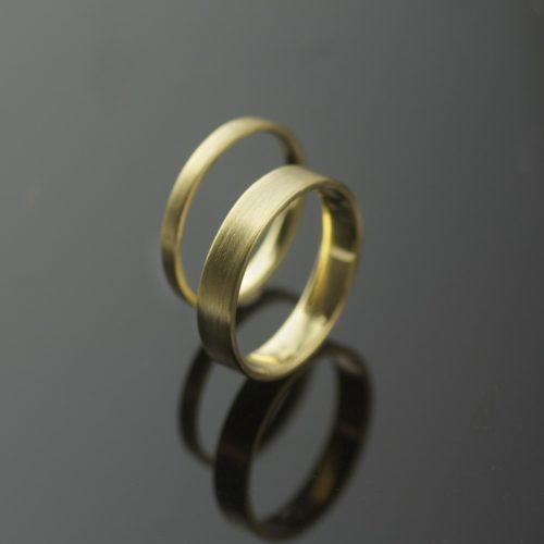 18k gold wedding rings simple modern design