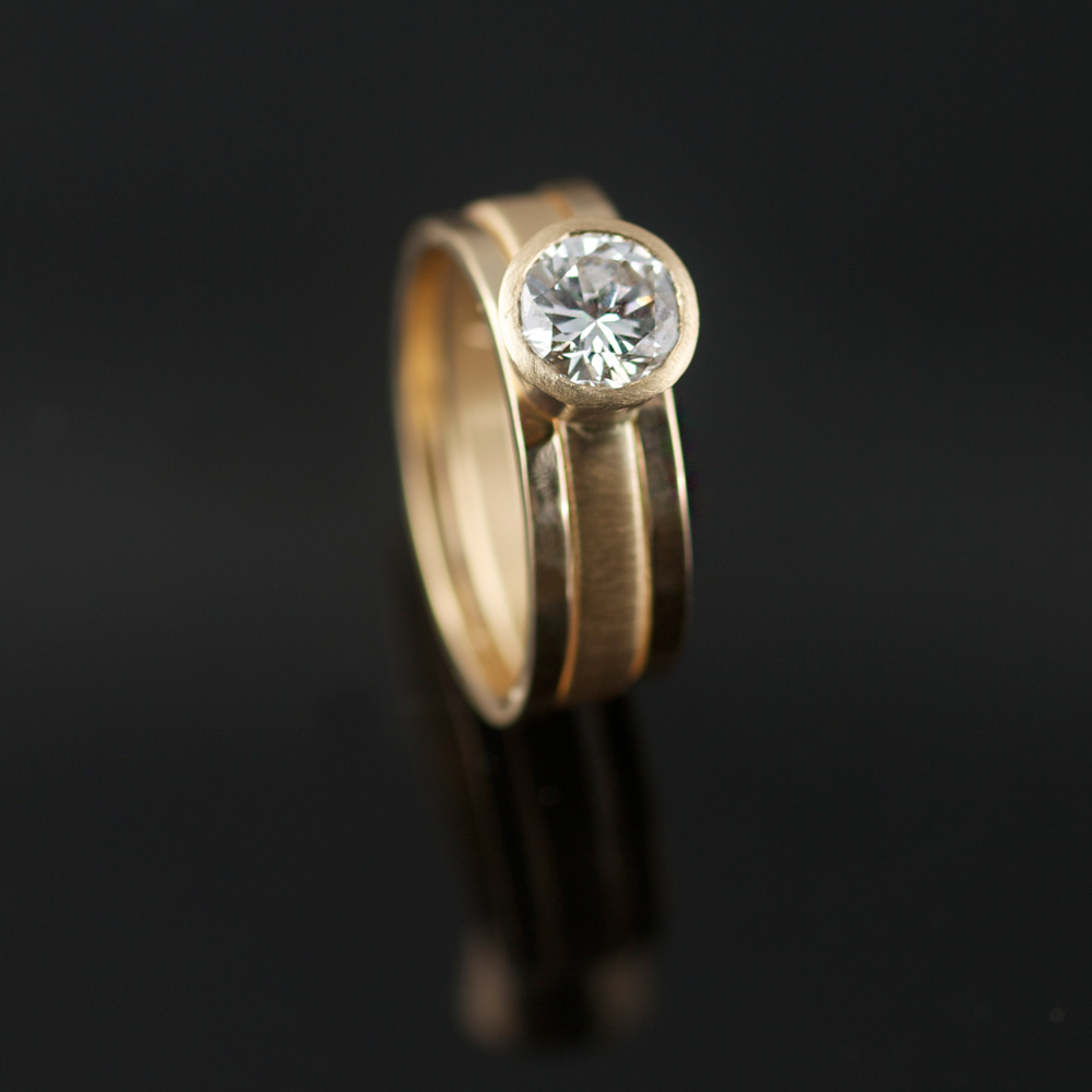 HEIRLOOM DIAMOND RECYCLED GOLD ENGAGEMENT WEDDING RING SET VK