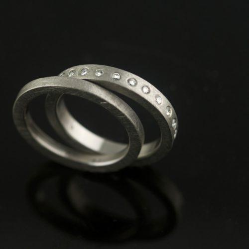 Palladium-recycled-wedding-set-satin-diamonds-custom-rings-vk-1024x1024