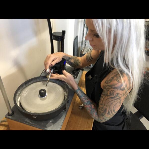 val cutting obsidian
