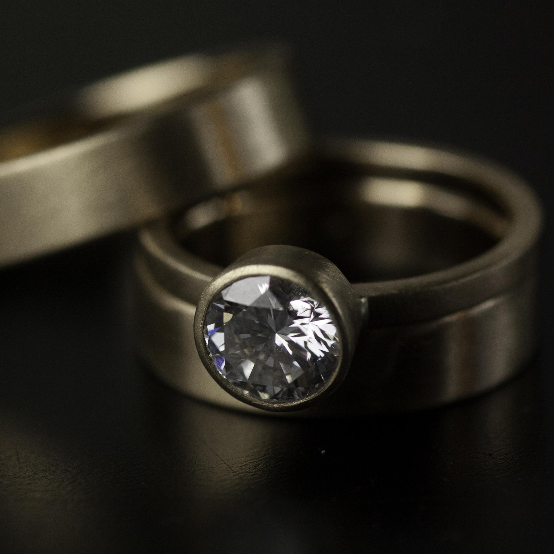 wedding ring set in yellow gold